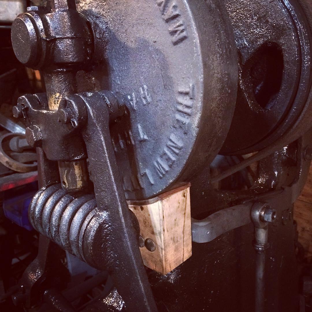 Finally got the wood block and leather pad installed on the hammer brake. #blacksmith #triphammer #forging #littlegiant